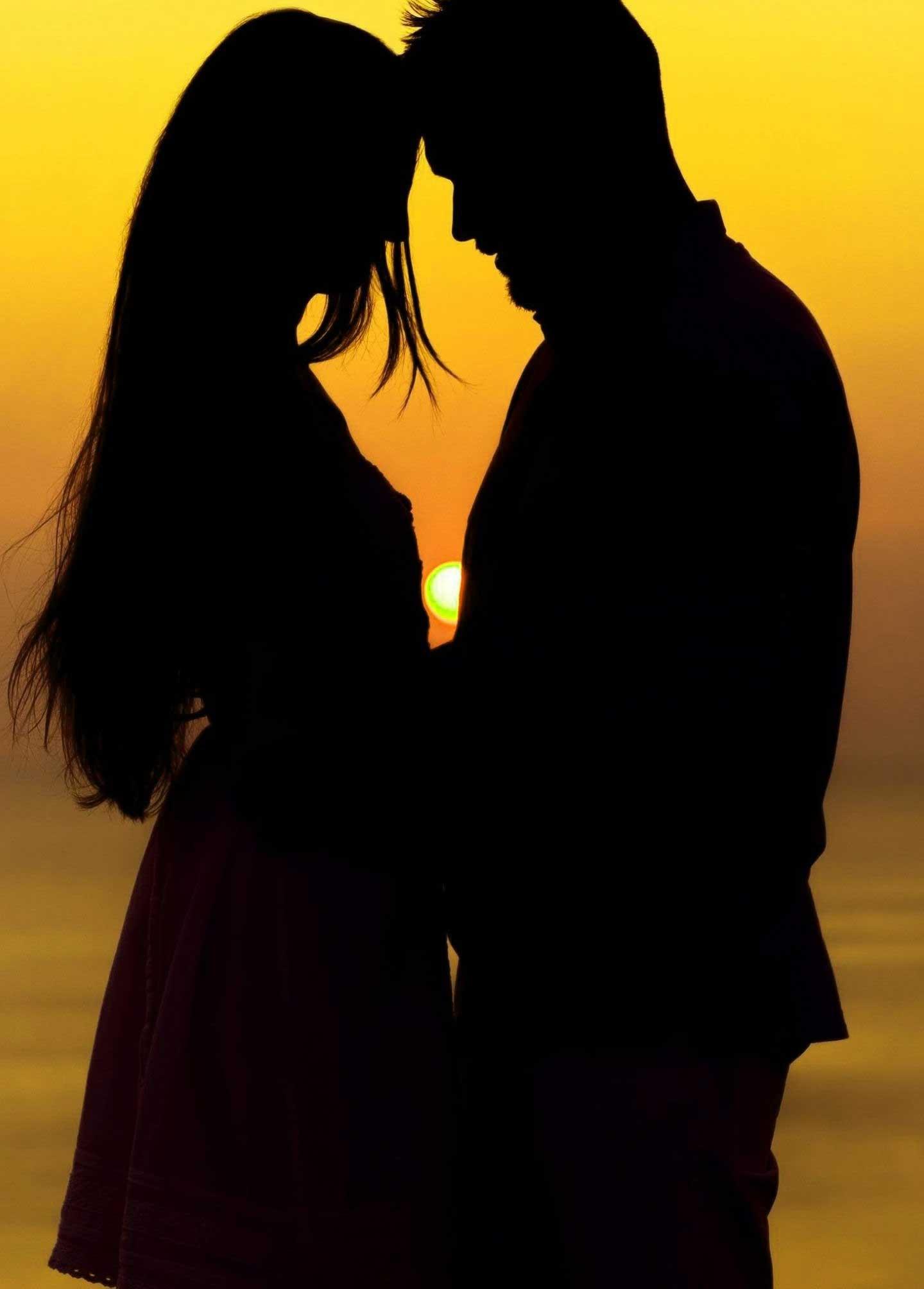 Best Romantic Whatsapp DP Download