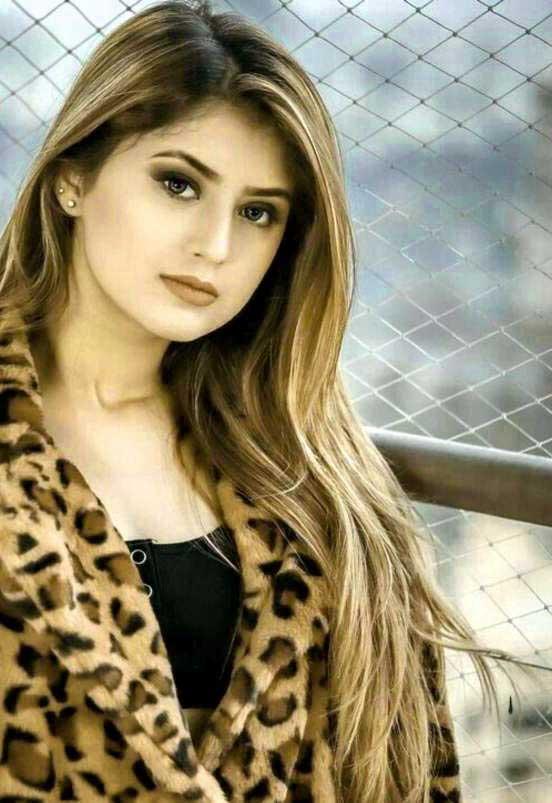 Cute Girl Pic For Dp Free Hd Wallpaper