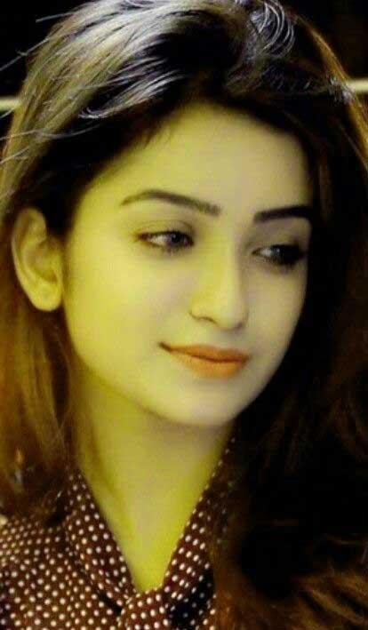 Cute Girl Pic For Dp Free Wallpaper