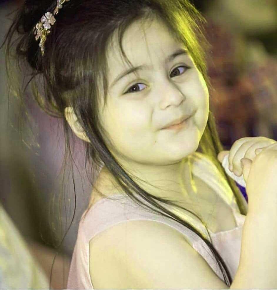 Cute Girl Pic For Dp Wallpaper Hd