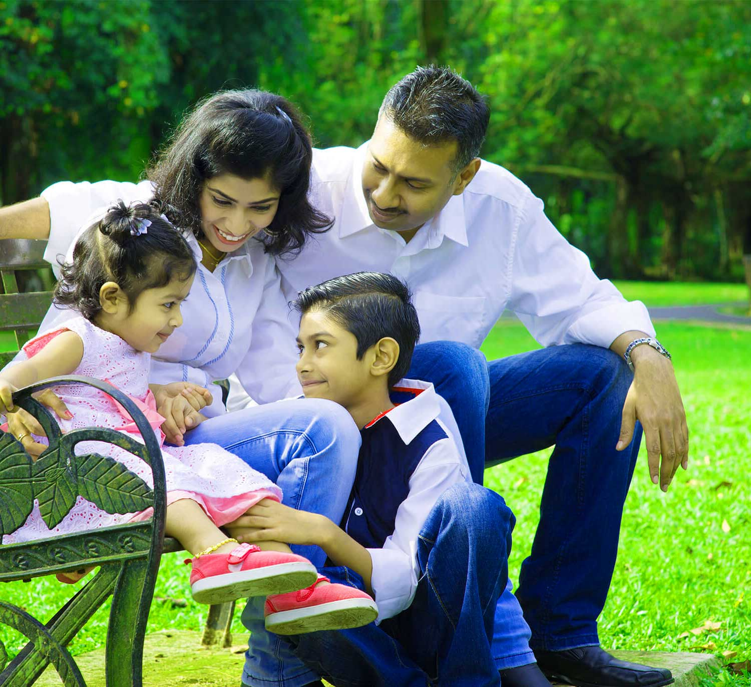 Family Group Whatsapp DP Download Photo