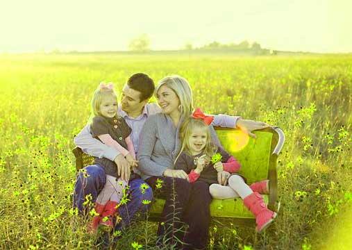Family Group Whatsapp DP Wallpaper Freee