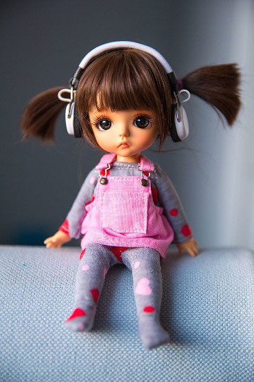 Beautiful Doll Dp Images pics for download