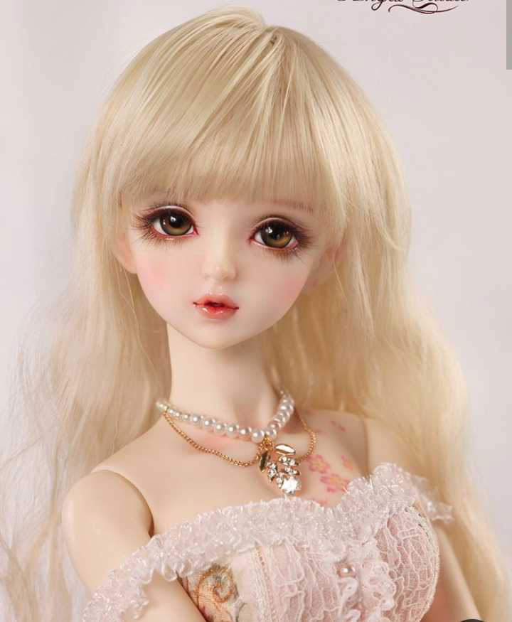 Beautiful Doll Dp Images