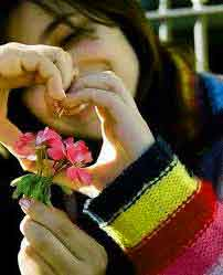 girl with heart Whatsapp Dp Profile Images