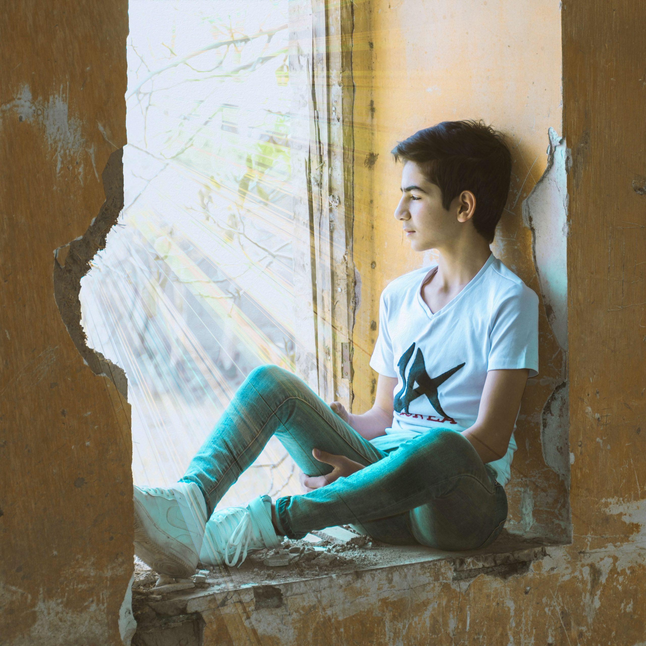 1080p Sad Boy Whatsapp Dp Images pics
