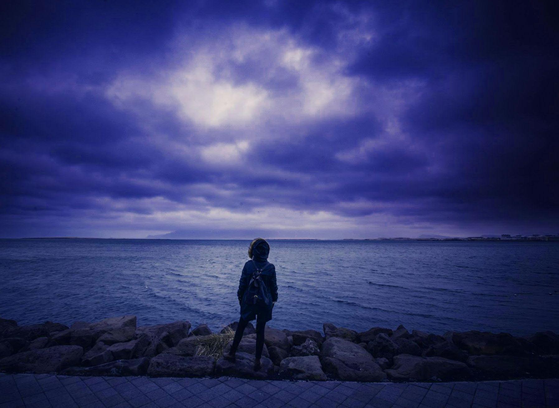 Alone boy whatsapp dp Photo Download