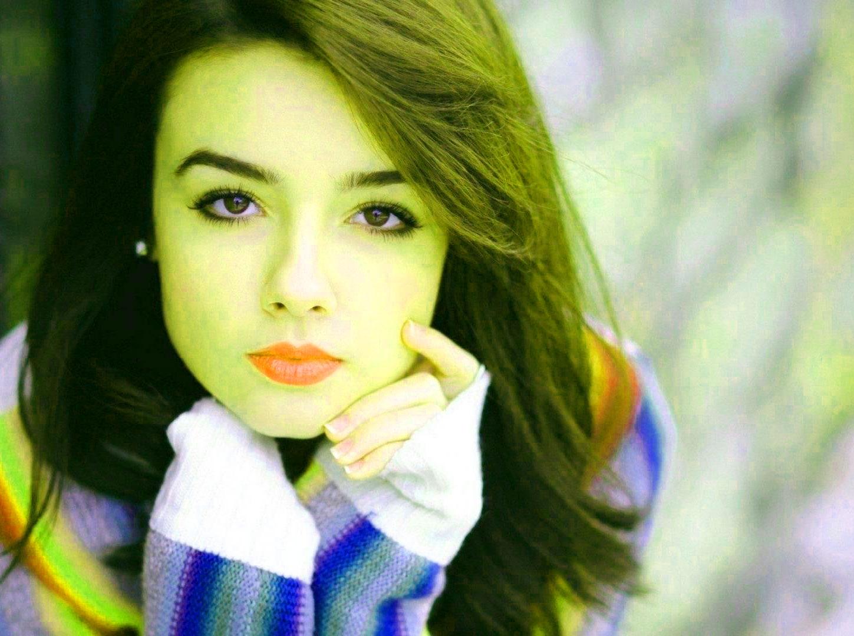 Beautiful Girls Images Wallpaper Free