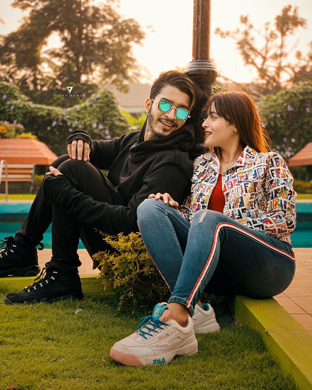 Cute Couple Images wallpaper photo download