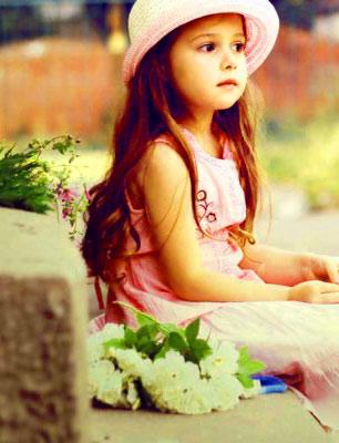 Free Cute Girls best pic for dp Pics Wallpaper