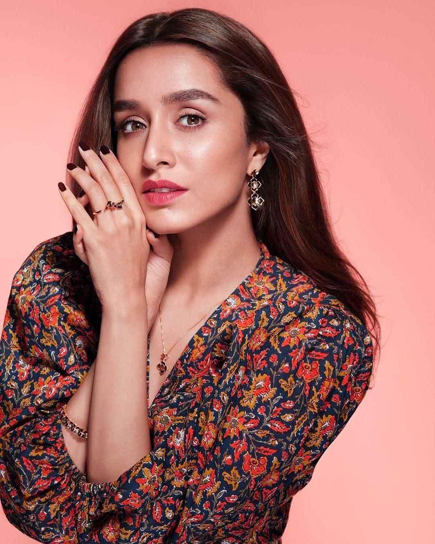 Free HD Beautiful Shraddha Kapoor iMAGES 10