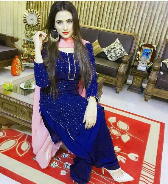 Girls Desi punjabi dp Whatsapp Images