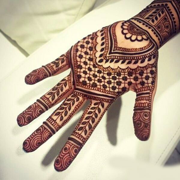 Latest Boys Mehndi Images pictures