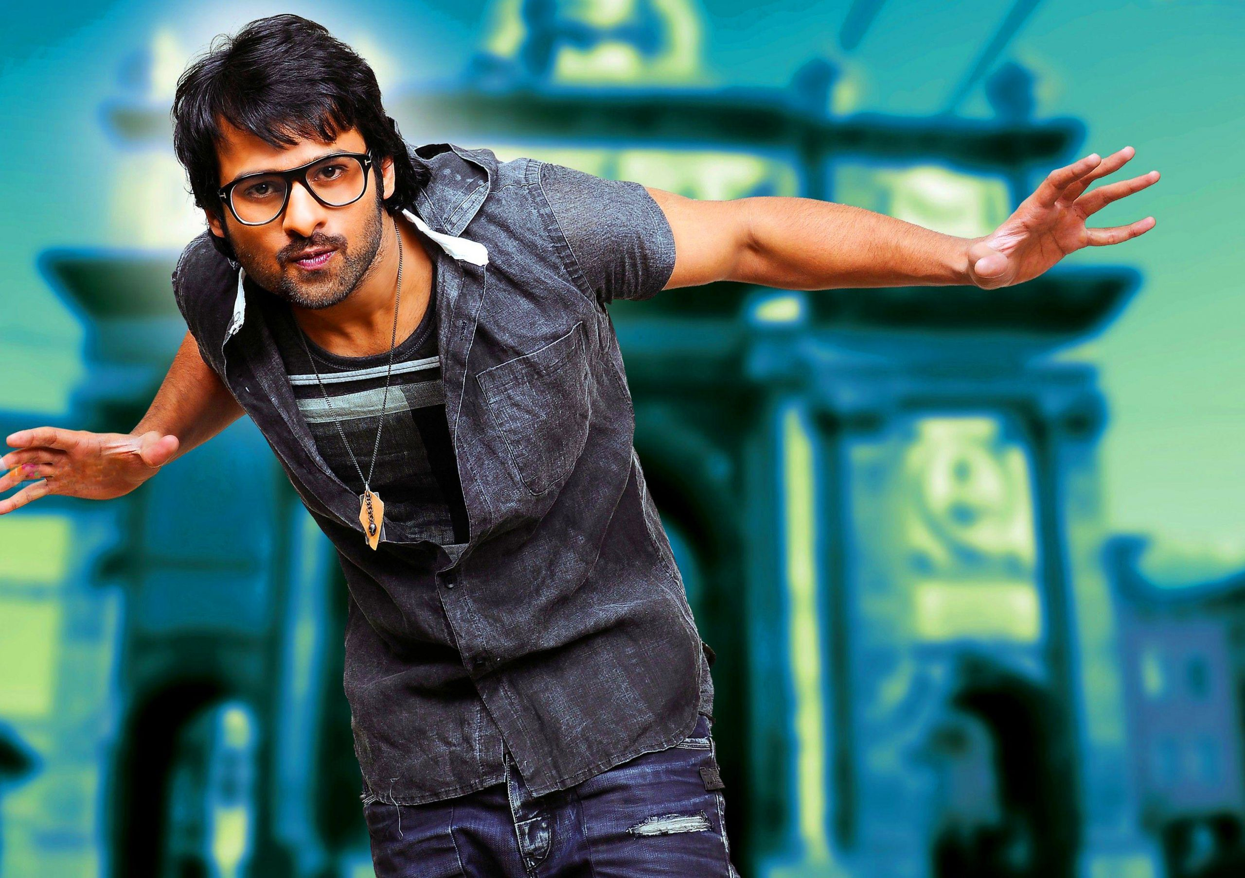 Latest Superstar Prabhas Images pictures for fb