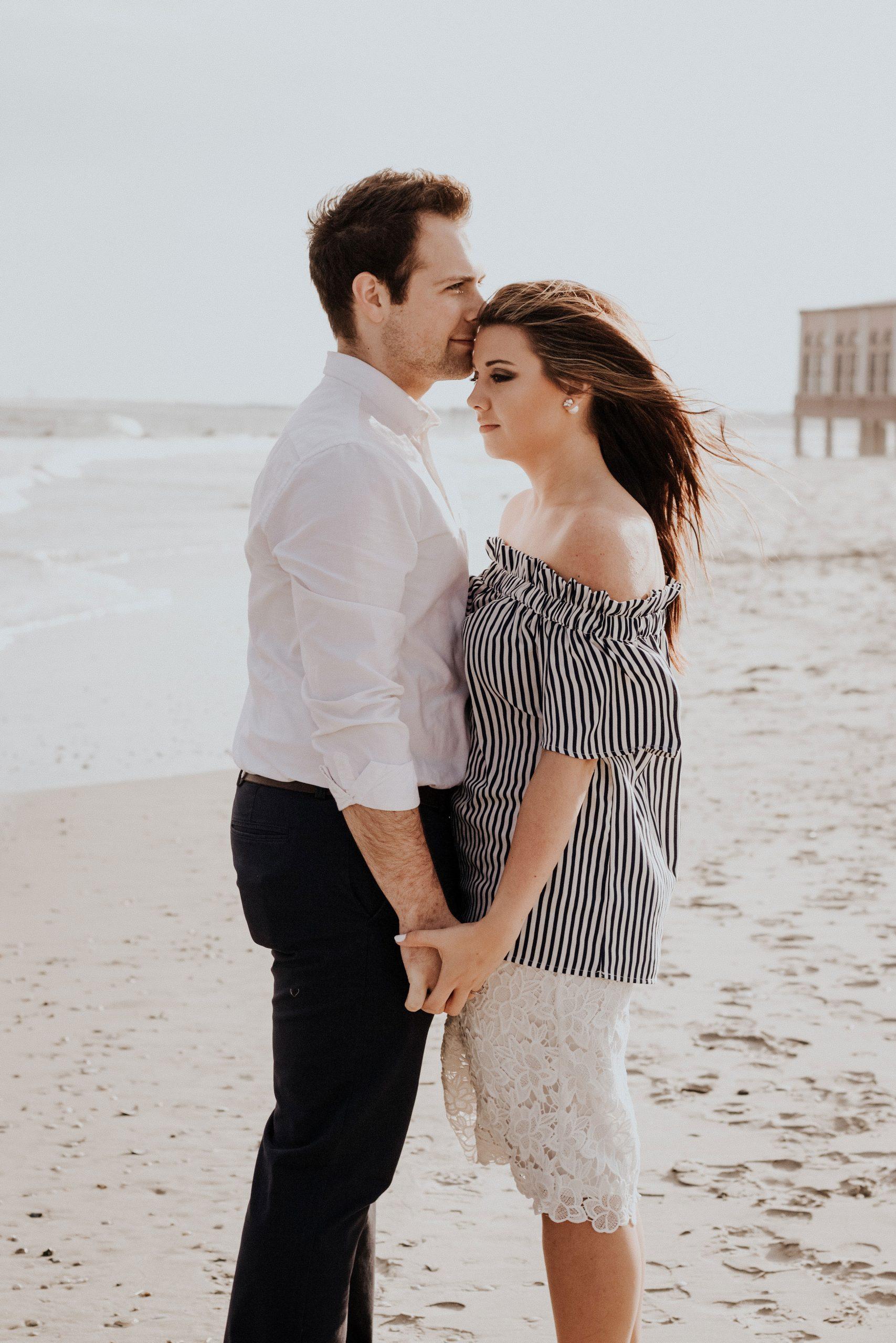 Love Couple Sad Dp Images photo pics for hd download