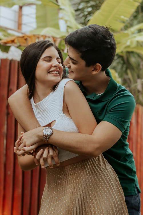 New Cute Couple Images pictures free hd 2