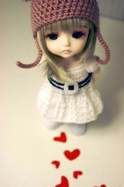 Sad Cartoon Dp Images pictures for girl