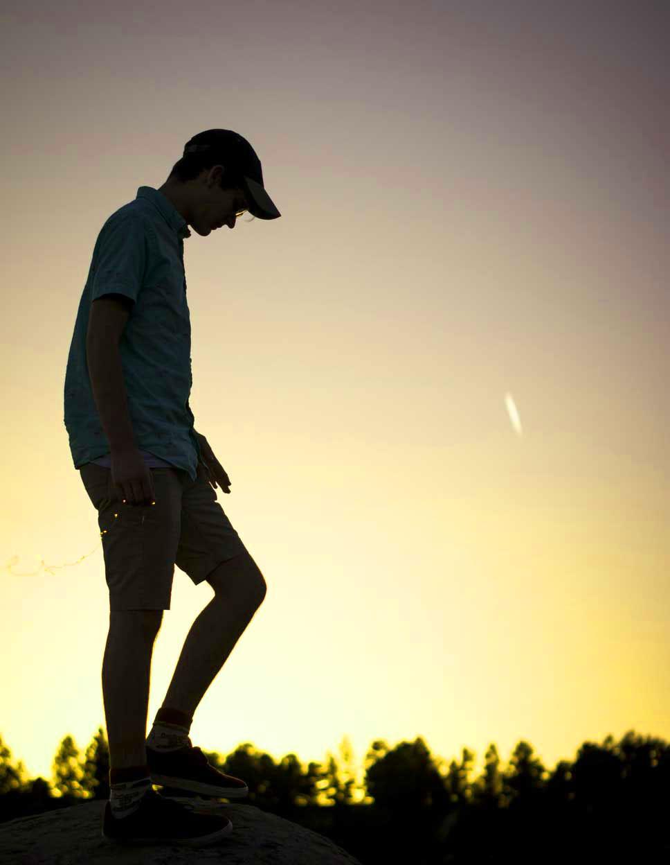 Single Boy Whatsapp Dp Photo 2021