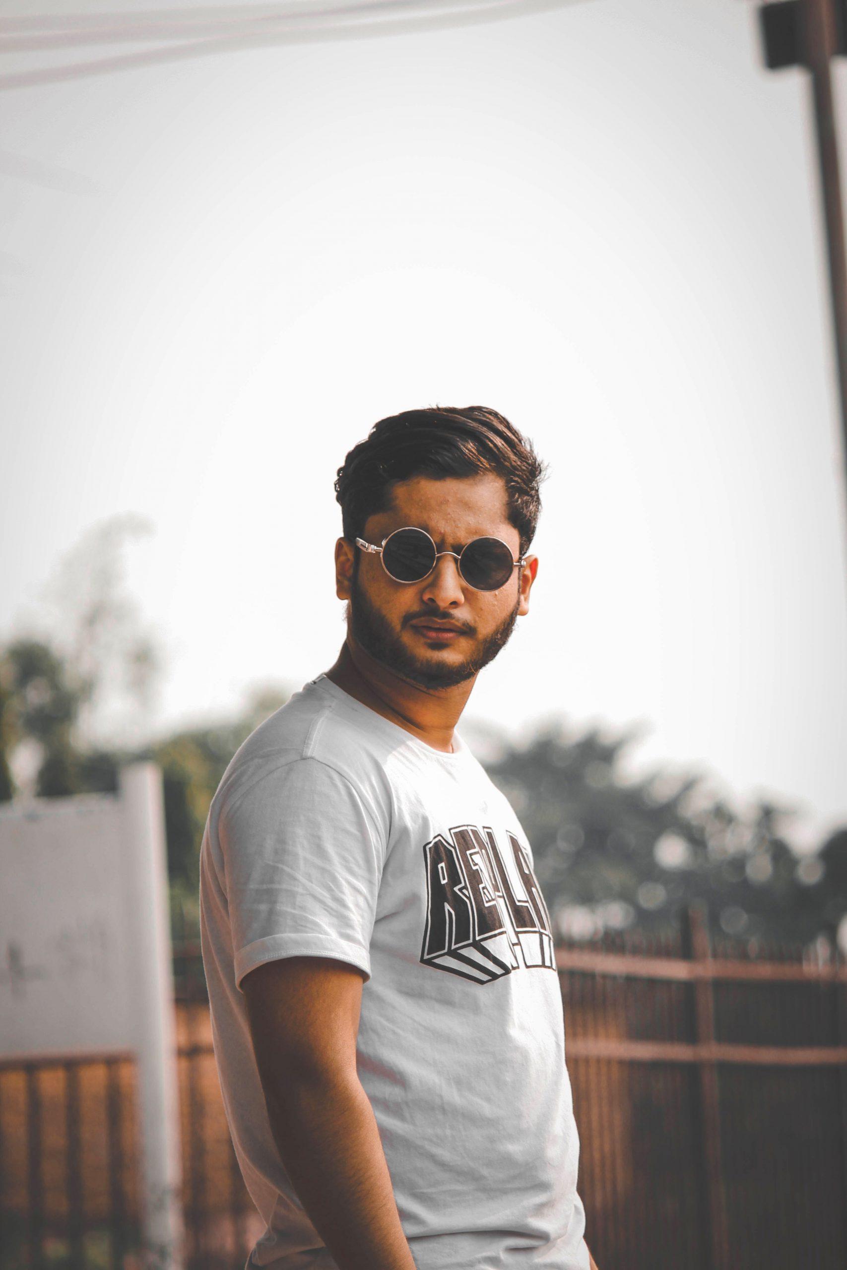 Single Boy Whatsapp Dp Wallpaper Free