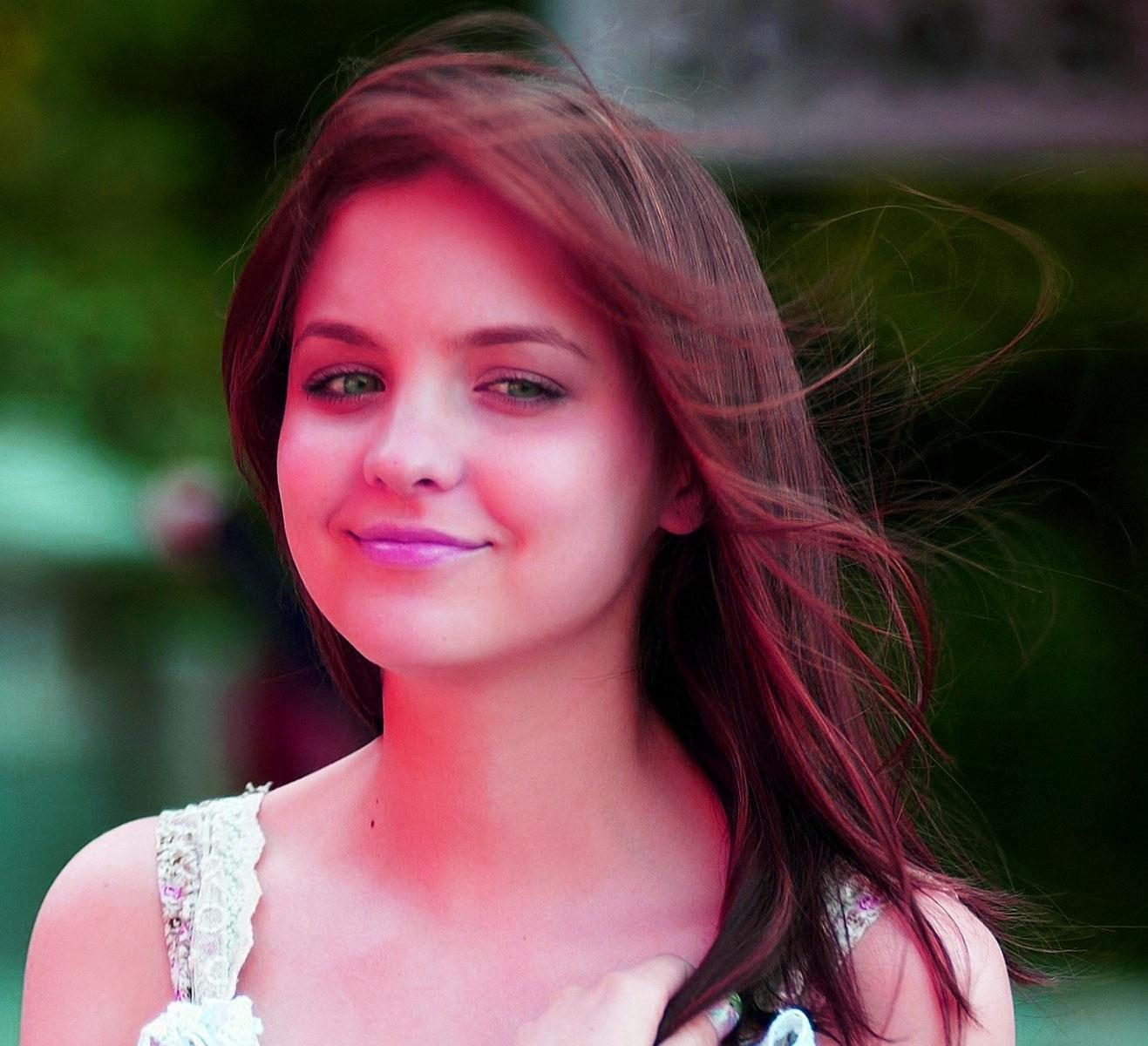 Super Beautiful Girls Images Pics