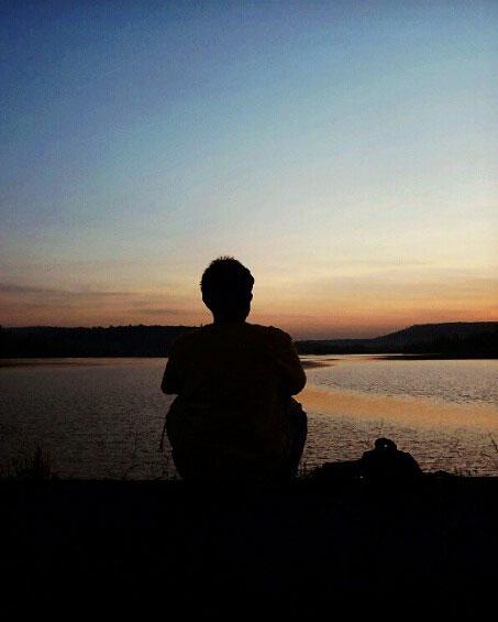 alone boy Superb Whatsapp Dp Images