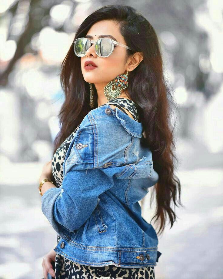 girl Latest Superb Whatsapp Dp Images pics hd