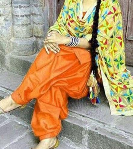 punjabi dp Whatsapp Pictures With Girls
